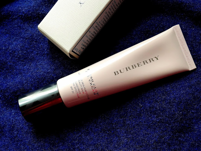 Burberry Beauty Fresh Glow BB Cream in Medium 02