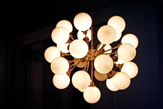 Consigli per la casa e l arredamento: arredare con le lampade