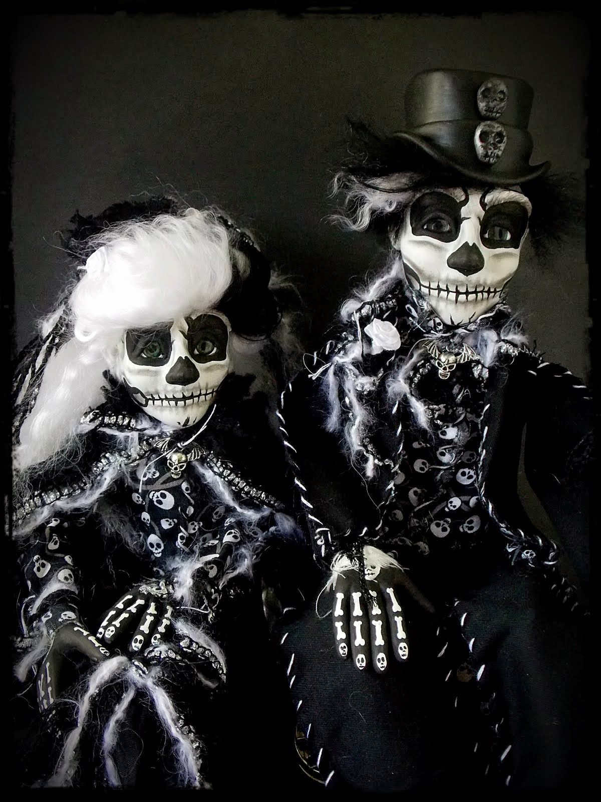 Skeleton Day of the Dead Couple