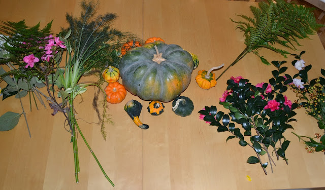 making autumn bouquets, http://growingdays.blogspot.com