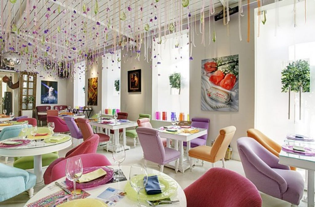 putting various colors on your classy restaurant is not a bad idea one of the pictures below will give you inspiration in decorating your restaurant in