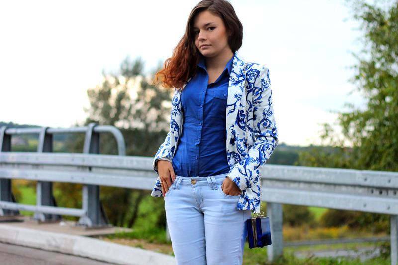 niebieska koszula bershka