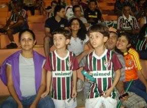 Gêmeos acompanham o Tio Ernesto