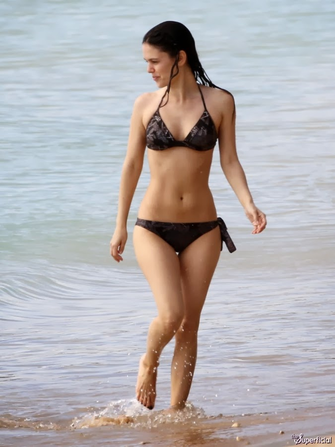 Bilson In Hot Bikini Nude Pics Of Rachel Pose Sey Picture
