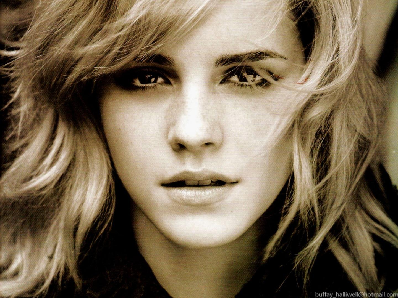 http://4.bp.blogspot.com/-pl7kyd69peg/UMdsPHO1l0I/AAAAAAAAABU/CgkCuc71lwc/s1600/Emma+Watson+2012.jpg