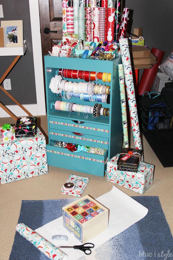 organizing with style} An Organized Gift Wrap Closet | Blue i Style