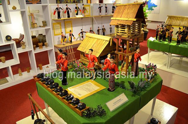 Photo of Chanteek Borneo Gallery