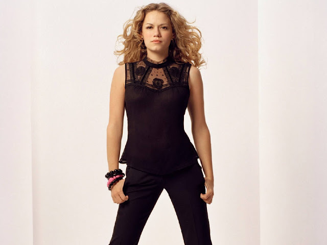 Hot Pictures of Bethany Joy Galeotti