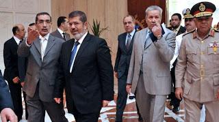 """الإخوان يعترفون بالاتفاق مع""""العسكرى"""" على صلاحيات """"مرسي"""" وتقاسم الوزراء واستمرار """"التأسيسية"""""""