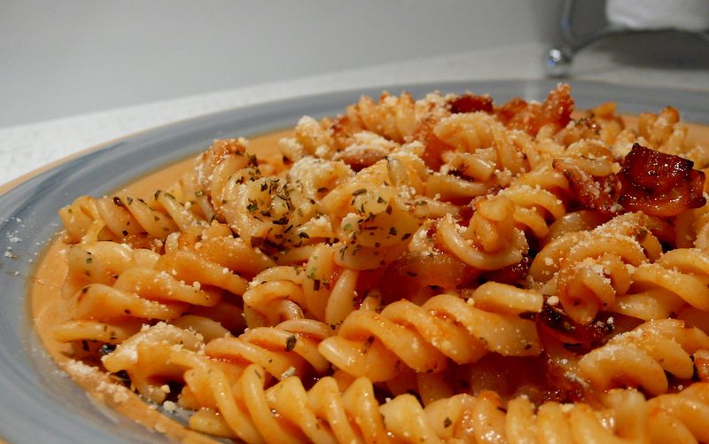 Fusilli With Tomato-Basil Sauce Recipe — Dishmaps