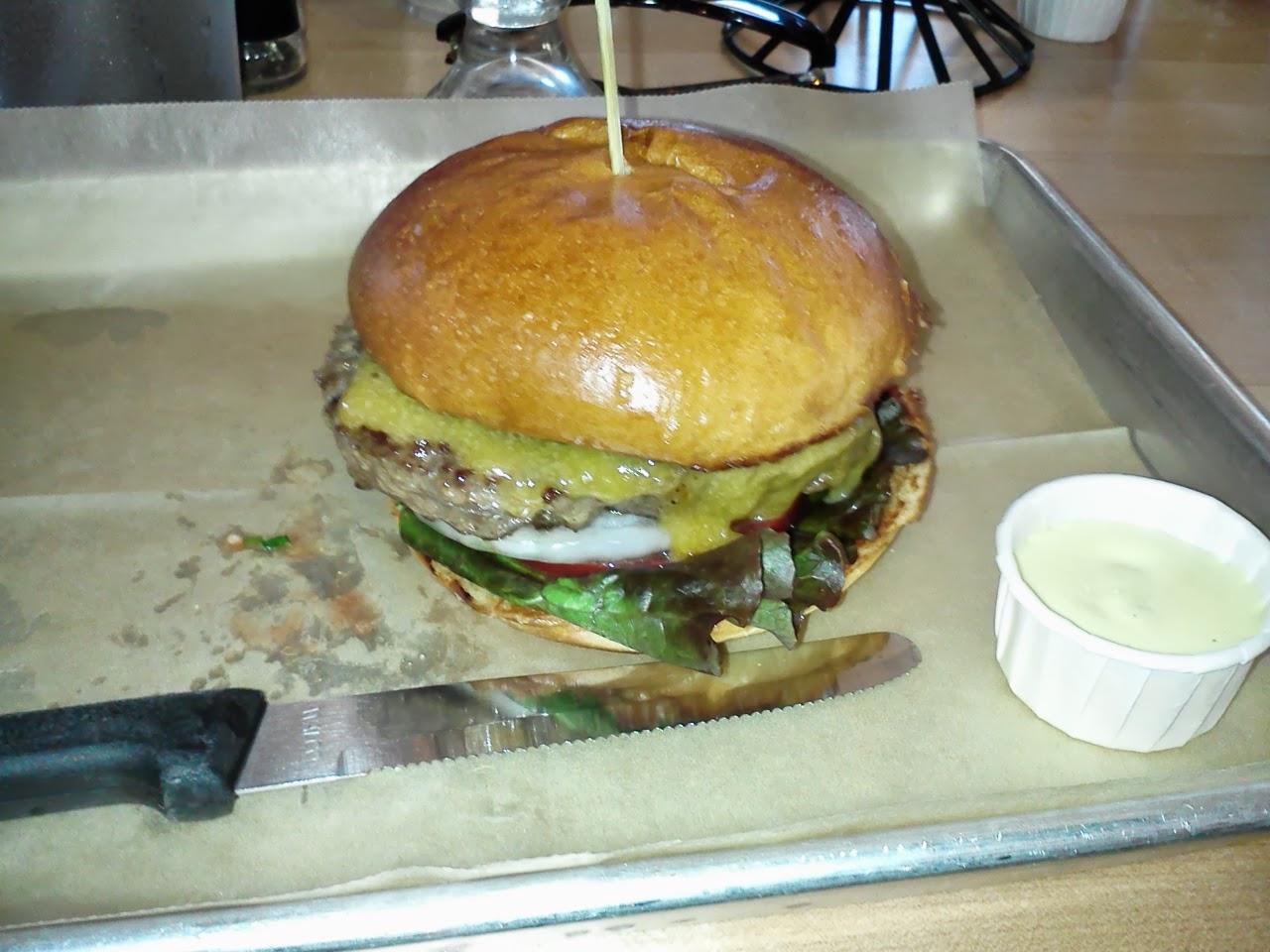 Hopdoddy classic burger