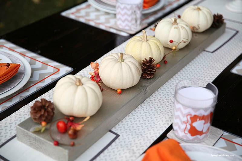 http://www.iheartnaptime.net/thanksgiving-tablescape-free-printables/