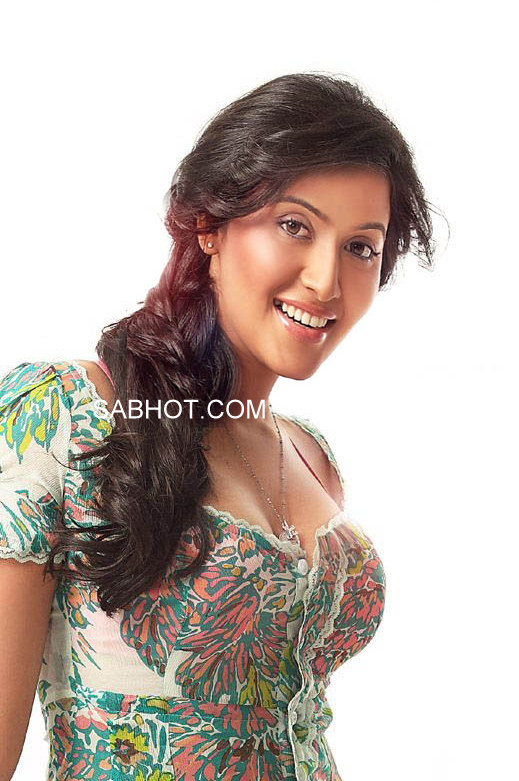 Anjali new Refreshing Photoshoot - Lovely Spicy Unseen Anjali Tamil ...