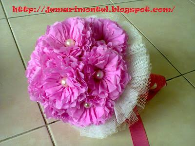 bunga tangan pink, putih