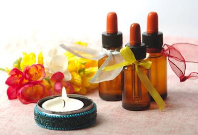 oli essenziali, proprietà, utilizzo, ricette cosmetiche con oli essenziali