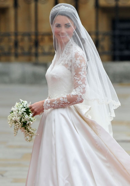queen elizabeth wedding dresses. queen elizabeth wedding gown.