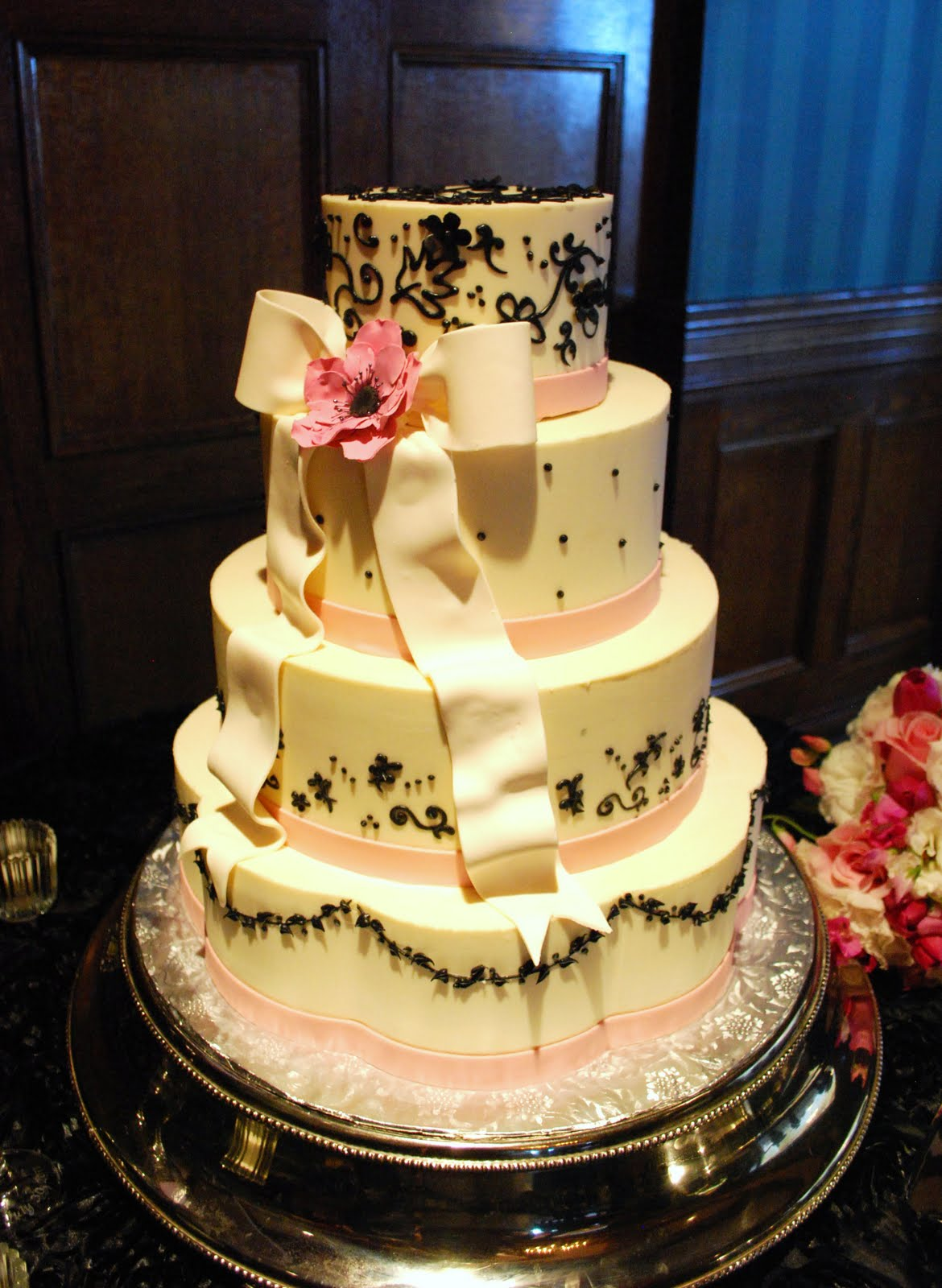 The Beehive: Pink and Black Wedding Cake