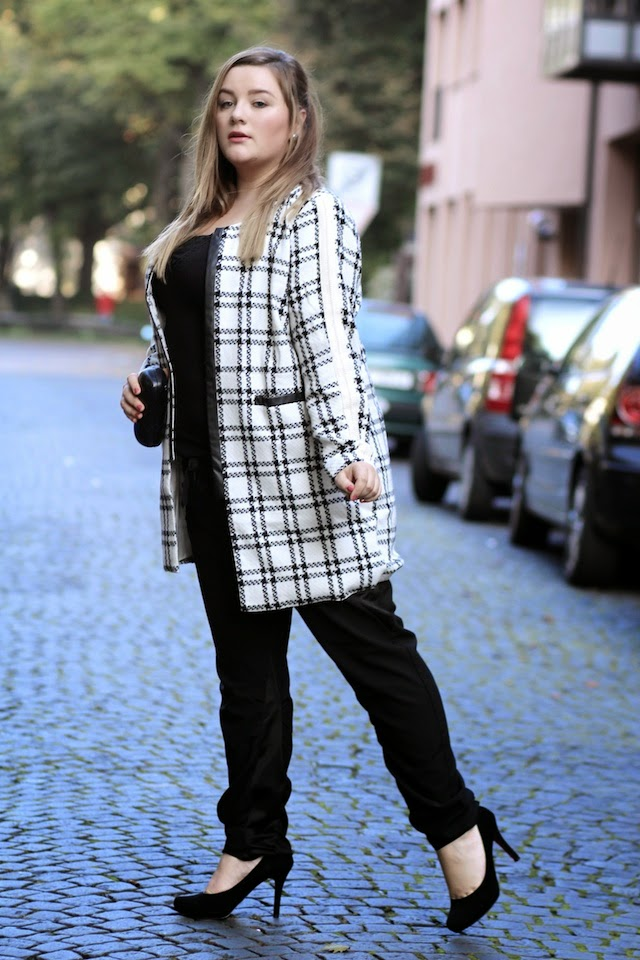 Plus Size Outfit Mantel edel mit stoffhose