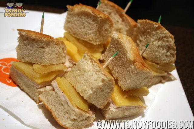 honeyed porkloine gouda cheese