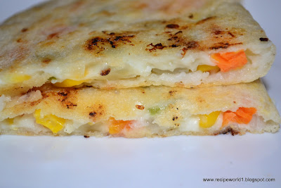 Mixed Veg cheese Dosa