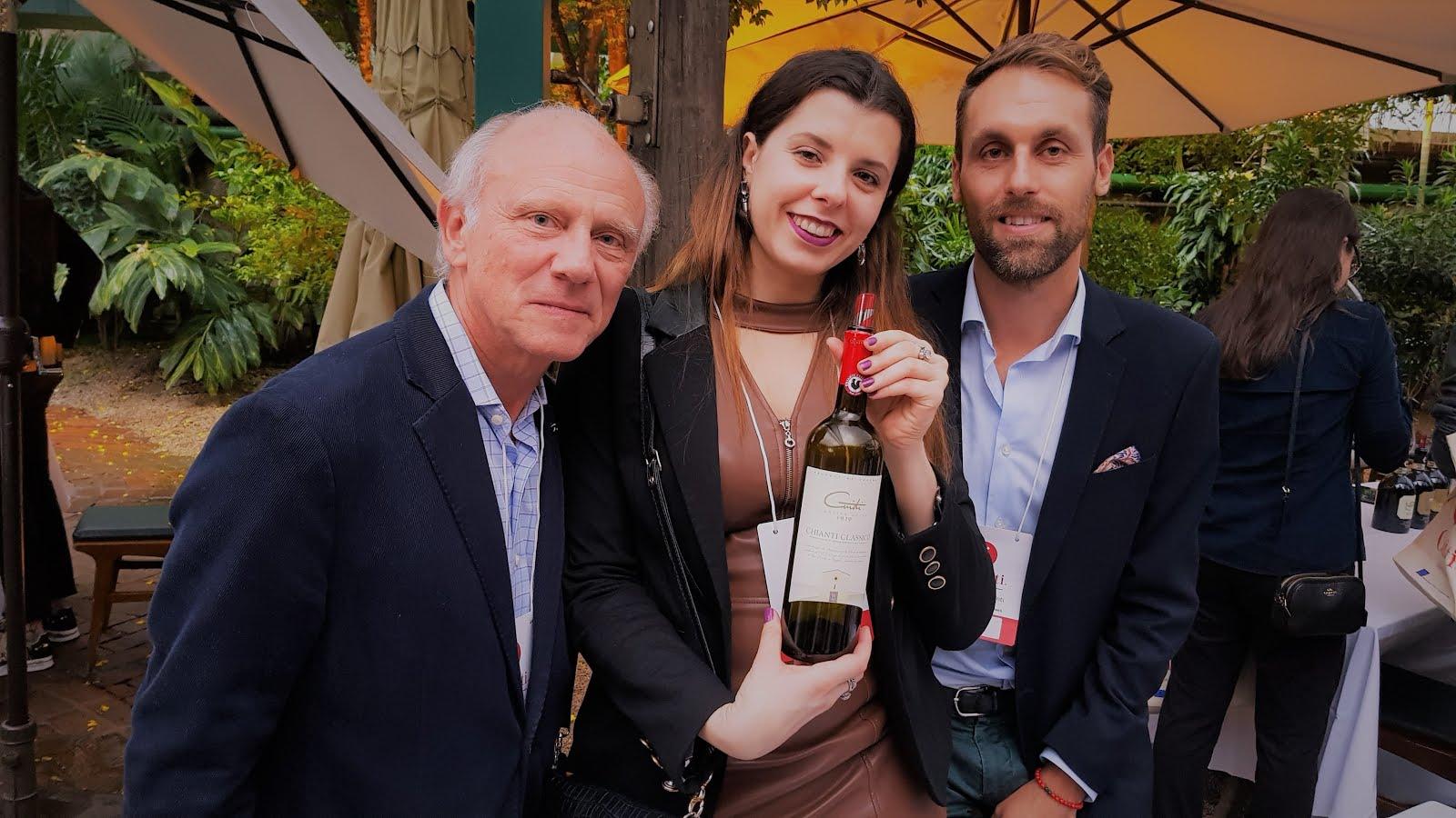 Momento com Nicola Guidi da vinícola Guidi e   a esquerda Bruno Airaghi em Evento Chianti .