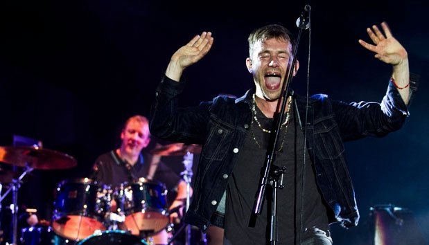 blur indonesia review 2013, blur 2013 review, blur gig review, anisa menur maulani, blur jakarta, blur bigsoundfest review, blur concert review, blurindonesia, blur big sound festival, review blur, new blur