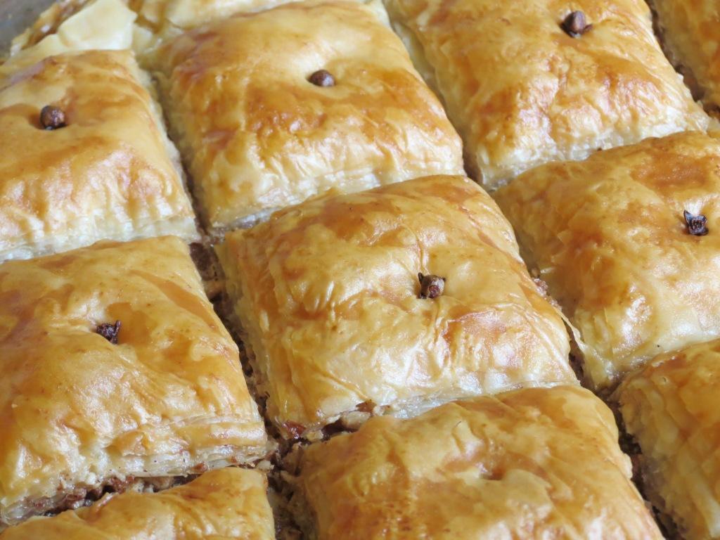 Nummy Kitchen: Walnut Almond Baklava