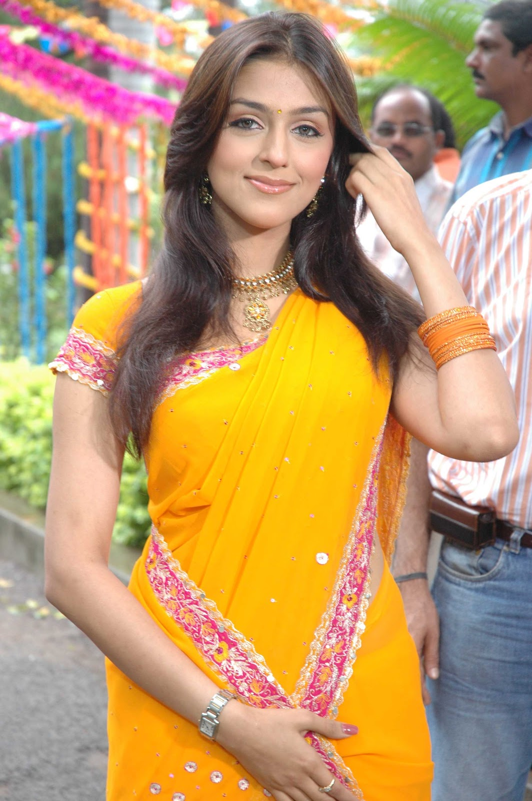 Download image yellow indian saree girls pc android iphone and ipad