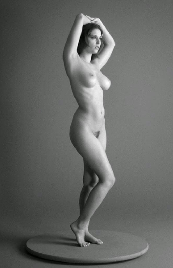 fotos-de-cuerpo-humano-femenino-sin-ropa