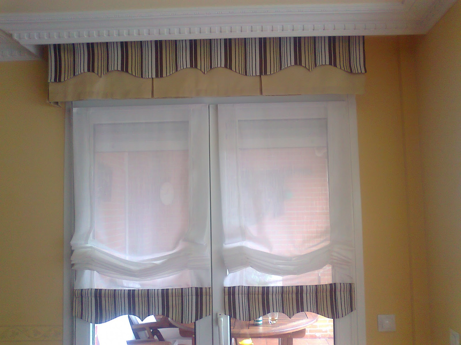 Cortinas c y d bandeau liso dos tejidos con estores de - Estores con varillas ...