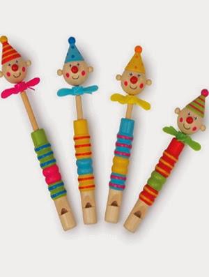 http://www.kidsfeestje.nl/kado/hout/41444_art_4mod3513_fluitje-clowns.html