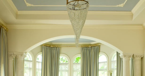 2013 bedroom window treatment ideas from hgtv for Hgtv window treatment ideas