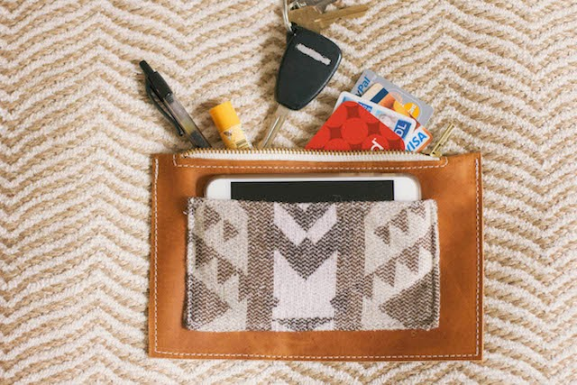 Leather Zippered Pouch   DIY