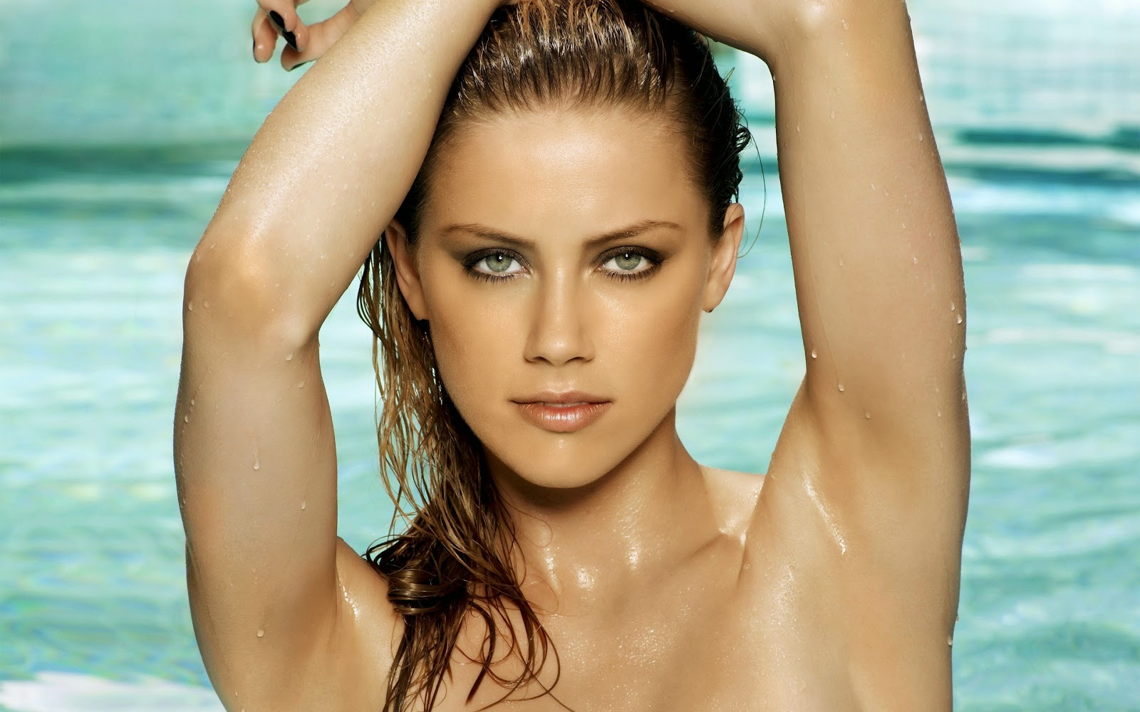 Amber Heard Nude Photos Leaked With Message To Fiance