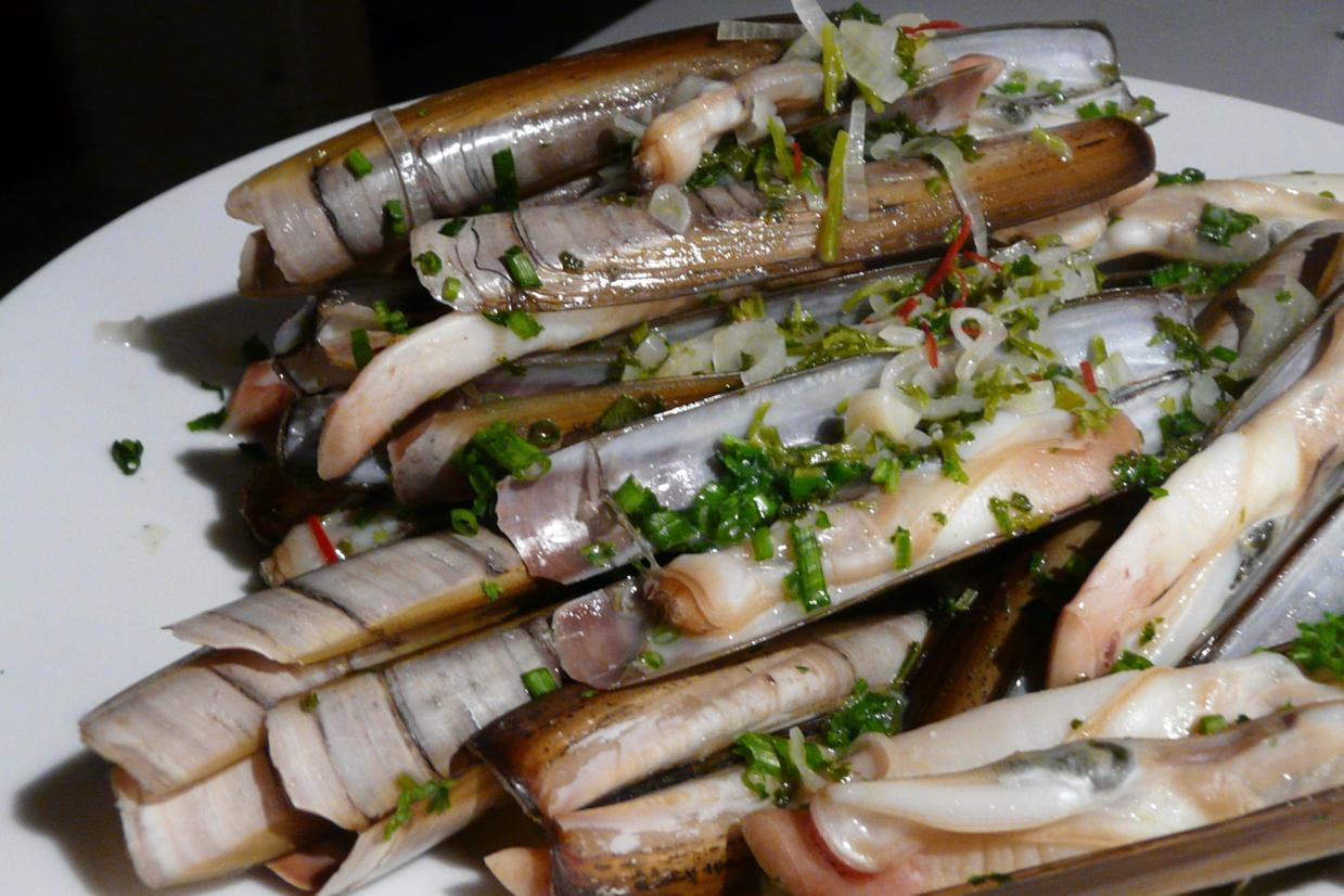 Kulinarische Welten zu Fisch- und Meeresfrucht: Schwertmuscheln an ...