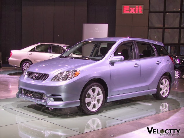 Toyota Matrix Car Wallpaper