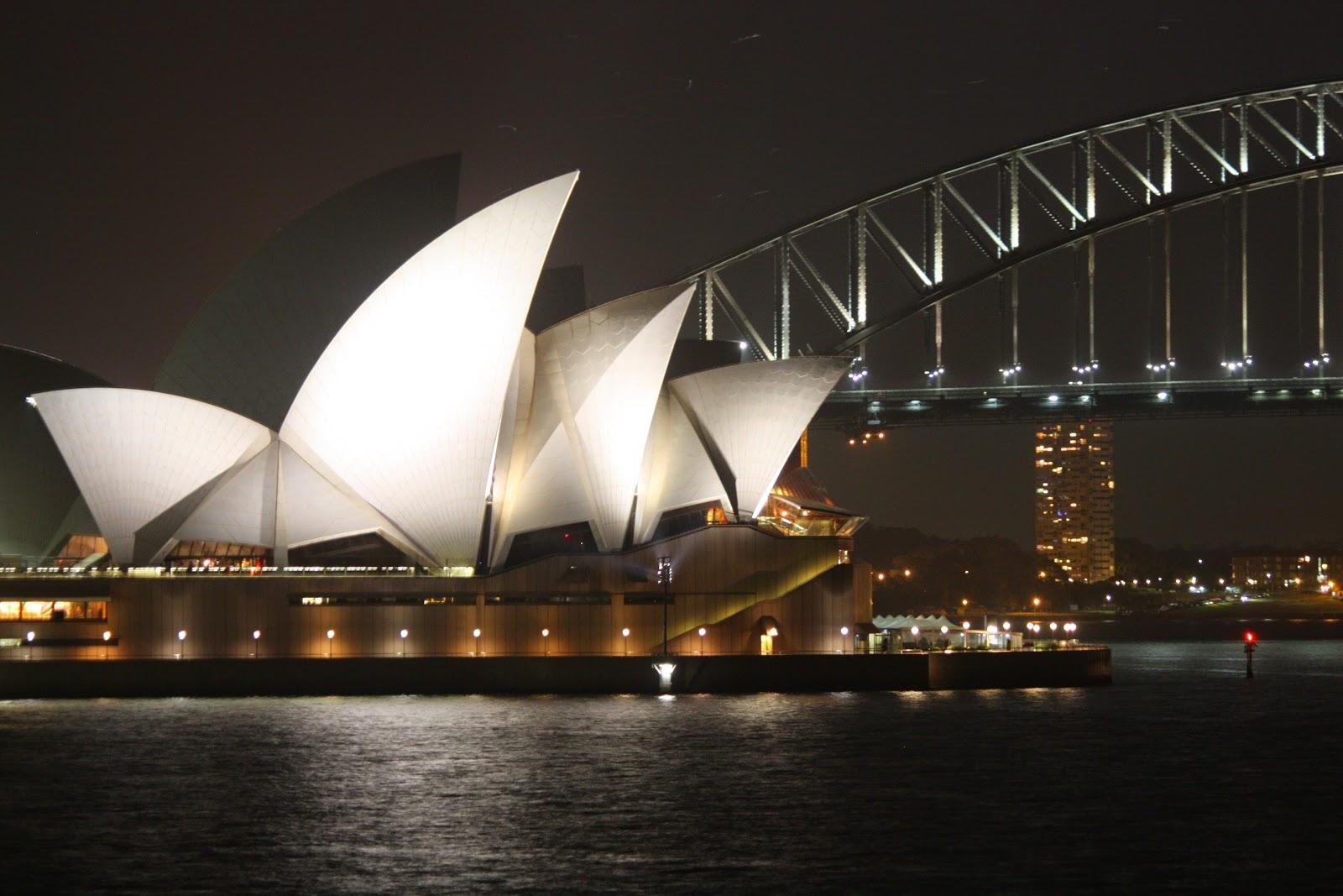 Sydney opera house and harbour bridge - Sydney Opera House And Sydney Harbour Bridge Theme Day Landmark