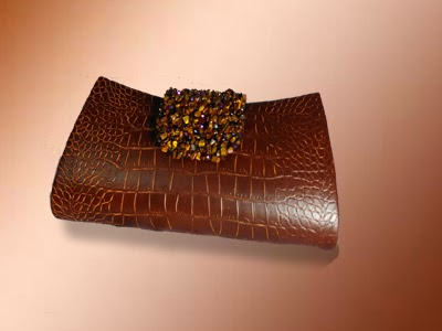 Clutch Cantik Coklat Manik