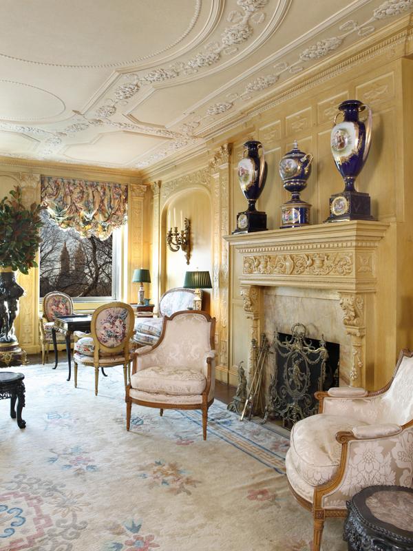 Victorian gothic interior style victorian gothic interior for Victorian gothic style