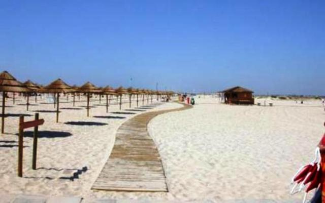 Pantai Paling Indah dan Mempesona - Pantai Tavira