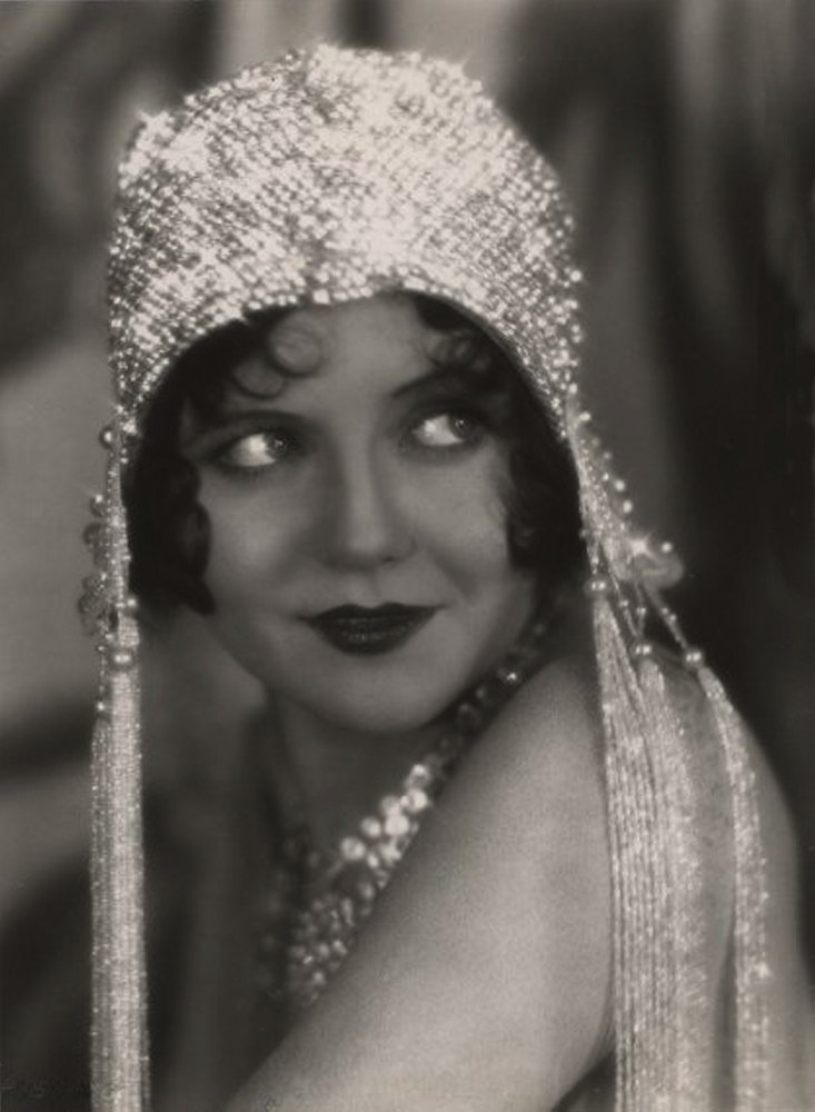 Vintage Vic: Nancy Carroll...1930s Icon