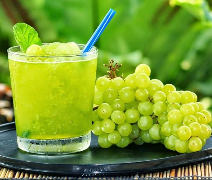 Suco Detox de Uva com Água de Coco (vegana)