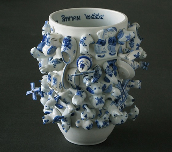 Souvenir vase by Wonderable