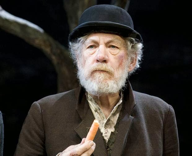 the role of chance in waiting for godot by samuel beckett Through the play waiting for godot, samuel beckett leaves are waiting for a man called godot chance in waiting for godot chance plays a major role in samuel.
