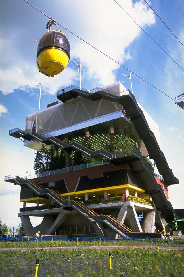 O incrível pavilhão holandês na Expo 2000