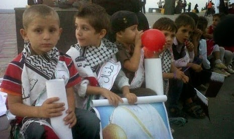 "Heboh Info ""Anak Palestina Bisa Diadopsi"", Warga Gorontalo Datangi Pelabuhan anak anak palestina di gaza city in seakan tak terimbas  121024183247 324"