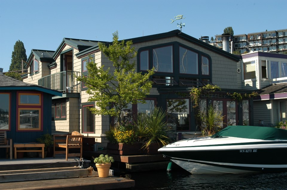 Floating homes tour seattle fun fact 54 ride the ducks of seattle - Floating house seattle ...