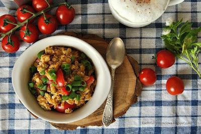 366. Wytrawna owsianka z curry i pomidorami