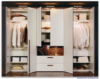 Шкаф модели Elumo wardrobe от фабрики Huelsta.