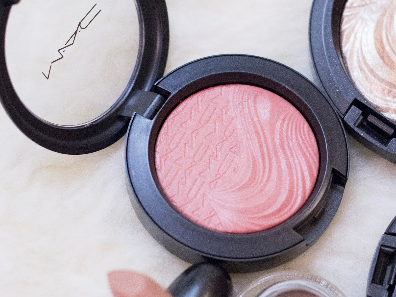 MAC Autoerotique blush